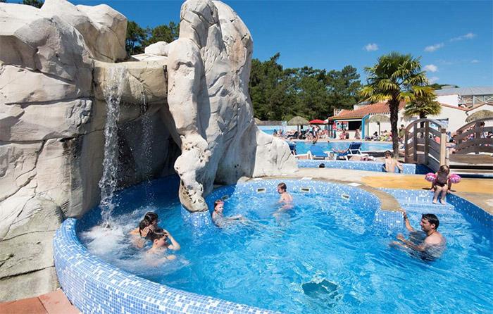 le parc aquatique du camping 5 étoiles Vendée